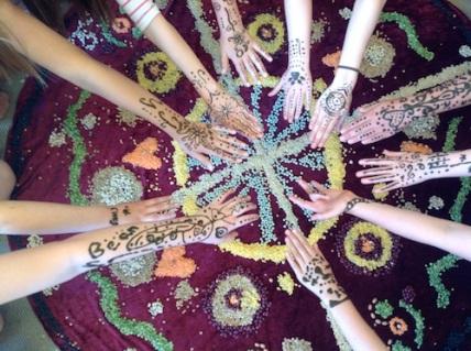 Mandala.Hands Orana15